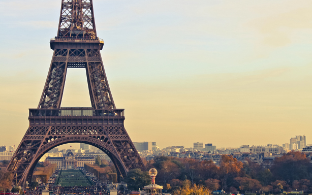 Eiffel Tower Desktop Wallpaper