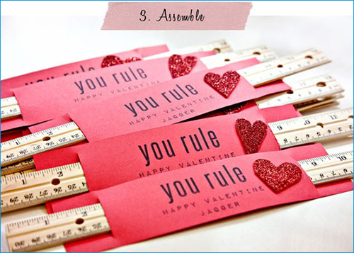 easy-DIY-kid-craft-valentines-card-14